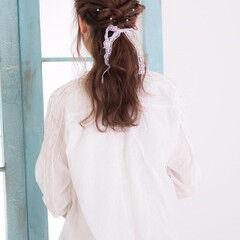 大人かわいい ヘアアレンジ セミロング パールアクセ ヘアスタイルや髪型の写真・画像