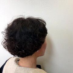 アンニュイほつれヘア オフィス ボブ ナチュラル ヘアスタイルや髪型の写真・画像