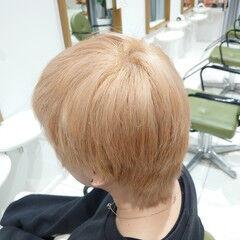 ハイトーンカラー ブリーチカラー ショート エレガント ヘアスタイルや髪型の写真・画像
