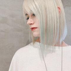 ボブ 切りっぱなしボブ ナチュラル PEEK-A-BOO ヘアスタイルや髪型の写真・画像