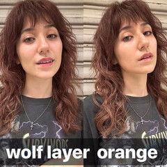 コントラストハイライト レイヤーカット 斜め前髪 ロング ヘアスタイルや髪型の写真・画像
