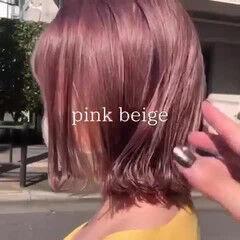 フェミニン ピンクベージュ ミディアム ミニボブ ヘアスタイルや髪型の写真・画像