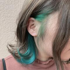 イヤリングカラー アンニュイほつれヘア ショート 大人可愛い ヘアスタイルや髪型の写真・画像