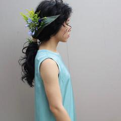 ロング 生花アレンジ お花ヘア ポニーテールアレンジ ヘアスタイルや髪型の写真・画像