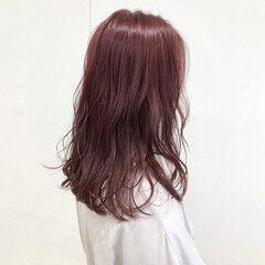 ブリーチなし フェミニン 透明感 アンティークカラー ヘアスタイルや髪型の写真・画像