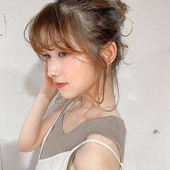 簡単ヘアアレンジ ナチュラル ヘアアレンジ シニヨン ヘアスタイルや髪型の写真・画像