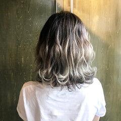 切りっぱなしボブ ショート グラデーションカラー ホワイトグラデーション ヘアスタイルや髪型の写真・画像