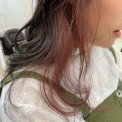セミロング 透明感 インナーカラー アンニュイ ヘアスタイルや髪型の写真・画像