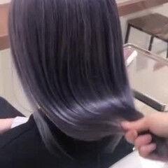 ラベンダーグレージュ セミロング ストリート ラベンダーグレー ヘアスタイルや髪型の写真・画像