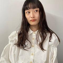 フェミニン 黒髪 ロング サロンモデル ヘアスタイルや髪型の写真・画像