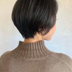 ミニボブ ショートヘア ナチュラル バーム ヘアスタイルや髪型の写真・画像