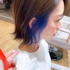 ワンレンベース 切りっぱなしボブ 前下がりボブ インナーブルー ヘアスタイルや髪型の写真・画像