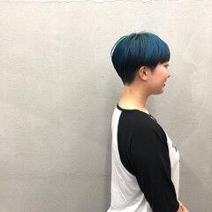 ツートンカラー ダークグレー ベリーショート 刈り上げショート ヘアスタイルや髪型の写真・画像