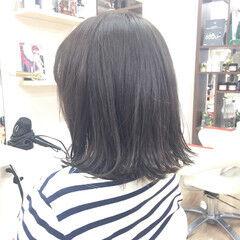 ストリート ボブ 暗髪 レザーカット ヘアスタイルや髪型の写真・画像