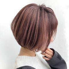 ナチュラル ショート ピンクベージュ ショートボブ ヘアスタイルや髪型の写真・画像