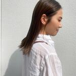 ナチュラル ストレート セミロング 濡れ髪スタイル