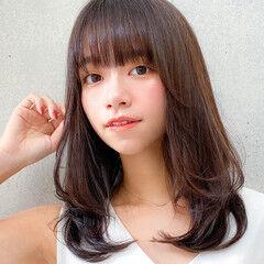 ミディアムレイヤー 小顔 ミディアム デジタルパーマ ヘアスタイルや髪型の写真・画像