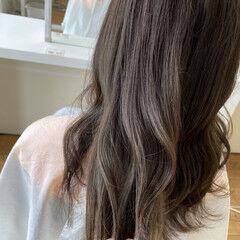カーキ ナチュラル 透明感カラー 大人かわいい ヘアスタイルや髪型の写真・画像