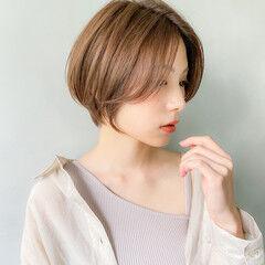ショートバング ボブヘアー デート ラベンダーグレージュ ヘアスタイルや髪型の写真・画像