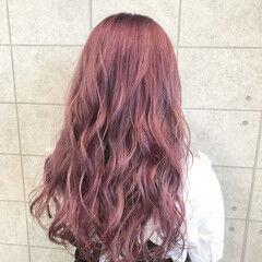 イルミナカラー サーモンピンク 透明感カラー ガーリー ヘアスタイルや髪型の写真・画像