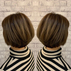 ボブ モード ミニボブ ローライト ヘアスタイルや髪型の写真・画像