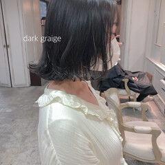 ゆる巻き ナチュラル 透け感ヘア グレージュ ヘアスタイルや髪型の写真・画像