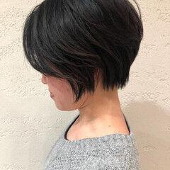 ショート ニュアンスヘア ショートボブ 小顔 ヘアスタイルや髪型の写真・画像