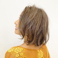 タッセルボブ フェミニン ボブヘアー 切りっぱなしボブ ヘアスタイルや髪型の写真・画像