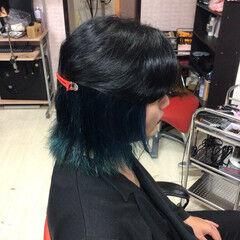 ショートヘア ブルージュ ミディアム インナーカラー ヘアスタイルや髪型の写真・画像
