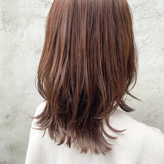 レイヤーボブ ウルフレイヤー 縮毛矯正ストカール ナチュラル ヘアスタイルや髪型の写真・画像