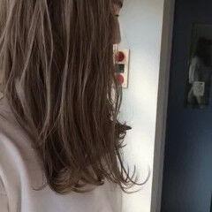 ルーズ セミロング ロブ ナチュラル ヘアスタイルや髪型の写真・画像