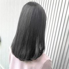 前髪 ストレート ナチュラル グレージュ ヘアスタイルや髪型の写真・画像