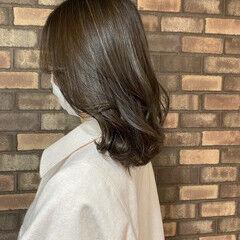 ハイライト イルミナカラー ナチュラル スロウ ヘアスタイルや髪型の写真・画像