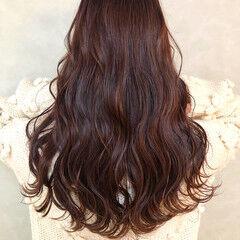 極細ハイライト ハイライト フェミニン ロング ヘアスタイルや髪型の写真・画像