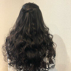 ハーフアップ 前髪アレンジ ヘアセット ヘアアレンジ ヘアスタイルや髪型の写真・画像