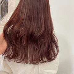 ピンクラベンダー セミロング ピンクベージュ ベリーピンク ヘアスタイルや髪型の写真・画像