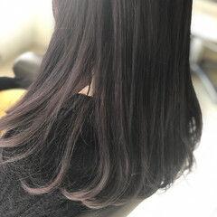 シアーベージュ ブラックバイオレット ナチュラル ロング ヘアスタイルや髪型の写真・画像