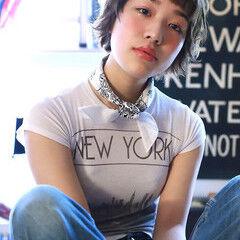 ウルフカット 透明感カラー ショート ショートボブ ヘアスタイルや髪型の写真・画像