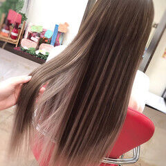 エクステ ロング 大人女子 ハイライト ヘアスタイルや髪型の写真・画像