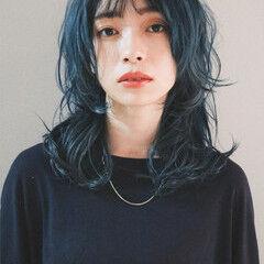 ブルーアッシュ ブルージュ セミロング ナチュラル ヘアスタイルや髪型の写真・画像