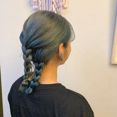 ターコイズブルー セミロング ブルー ヘアアレンジ ヘアスタイルや髪型の写真・画像