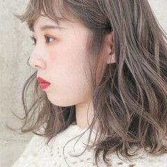 アンニュイほつれヘア 大人かわいい ミディアム 外国人風 ヘアスタイルや髪型の写真・画像