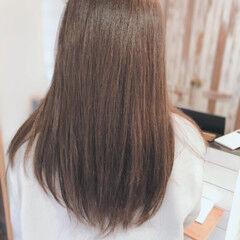 透明感カラー レイヤーロングヘア ナチュラル 圧倒的透明感 ヘアスタイルや髪型の写真・画像