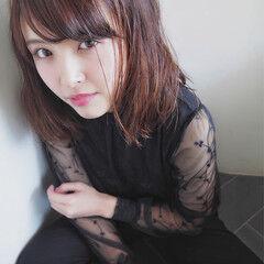 大人女子 ミディアム ニュアンス デート ヘアスタイルや髪型の写真・画像