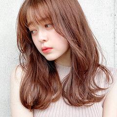 ミディアムレイヤー モテ髪 ナチュラル ミディアム ヘアスタイルや髪型の写真・画像