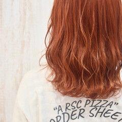 ミディアム ガーリー ミディアムレイヤー オレンジ ヘアスタイルや髪型の写真・画像