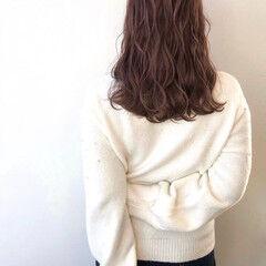 波巻き 波ウェーブ モーブ ピンク ヘアスタイルや髪型の写真・画像