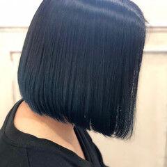 ブルージュ 切りっぱなしボブ ショートボブ グレージュ ヘアスタイルや髪型の写真・画像