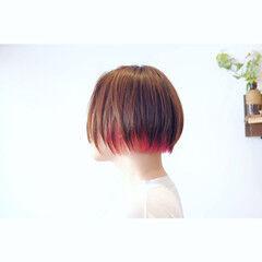 ショート ブリーチカラー モード デザイン ヘアスタイルや髪型の写真・画像