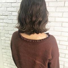 ブラウンベージュ グレージュ ミディアム ナチュラル ヘアスタイルや髪型の写真・画像